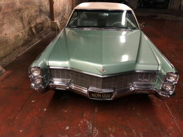 1965 Cadillac DeVille California rust free barnfind ...