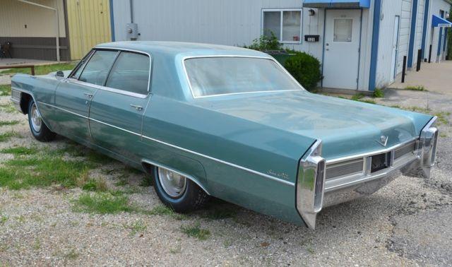 1965 Cadillac Deville For Sale: 1965 Cadillac Sedan Deville. True Original Barn Find