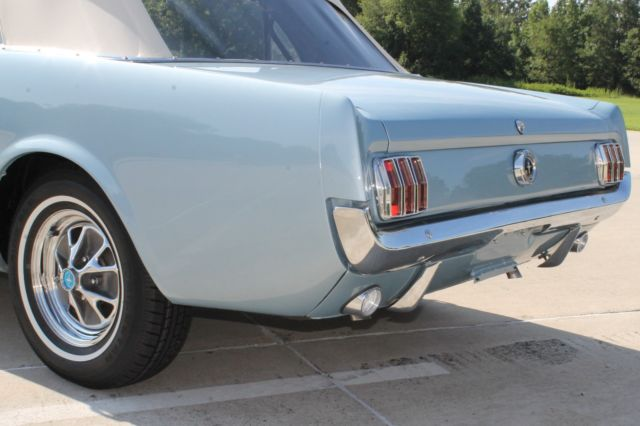 1965 Ford Mustang Convertible 289 V8 Restored Silver Blue
