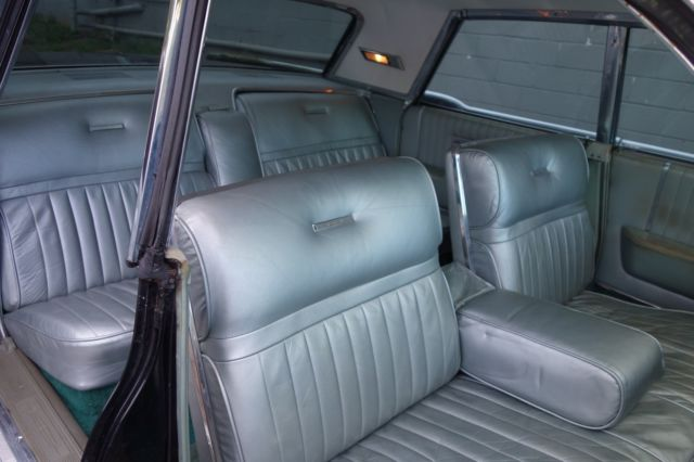 1965 lincoln continental hardtop suicide doors black on silver blue interior classic lincoln. Black Bedroom Furniture Sets. Home Design Ideas