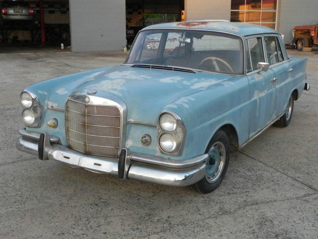 1965 mercedes benz mercedes 220 w111 solid car no reserve for Looking for mercedes benz for sale