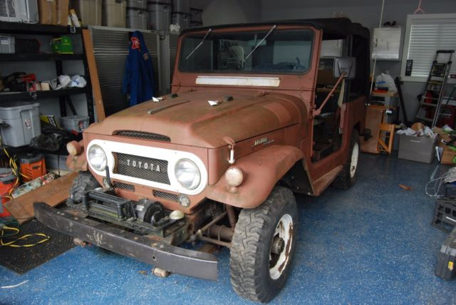 1965 Toyota FJ40 Factory Soft Top/dual tanks/factory PTO