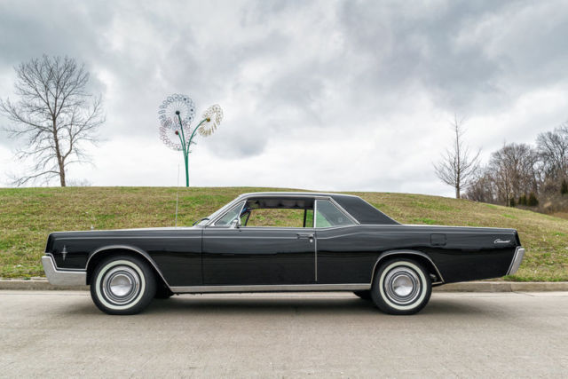 1966 lincoln continental coupe factory a c restored. Black Bedroom Furniture Sets. Home Design Ideas