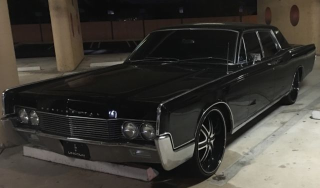 1966 lincoln continental suicide doors black exterior. Black Bedroom Furniture Sets. Home Design Ideas
