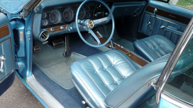 1967 Chevrolet Caprice 2 door hardtop - Classic Chevrolet
