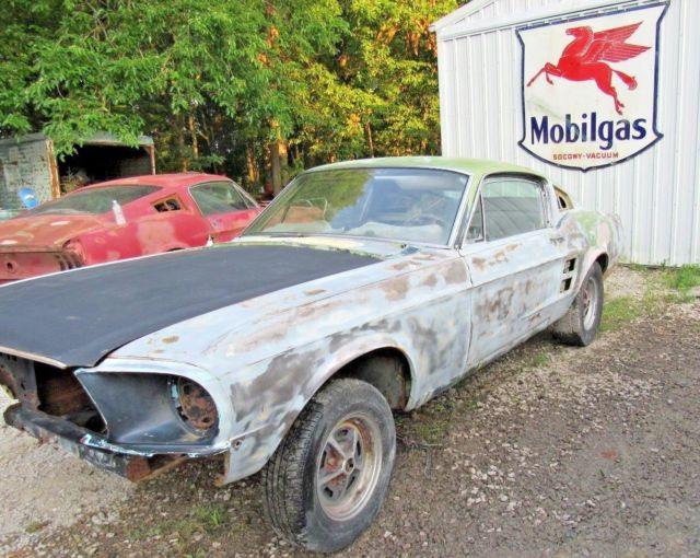 1967 FORD MUSTANG FASTBACK S CODE 390 4 SPEED PROJECT CAR - Classic