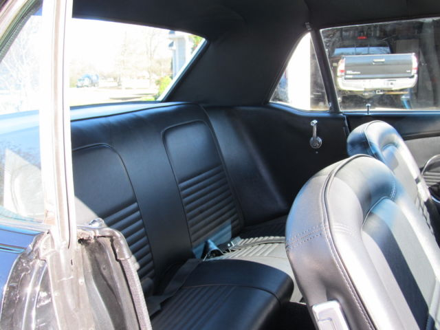 1967 Ford Mustang S code 4 speedBlack/Black Coupe 2 x 4