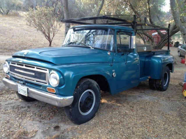 1967 International Harvester B1300 1 Ton Dually Dealer