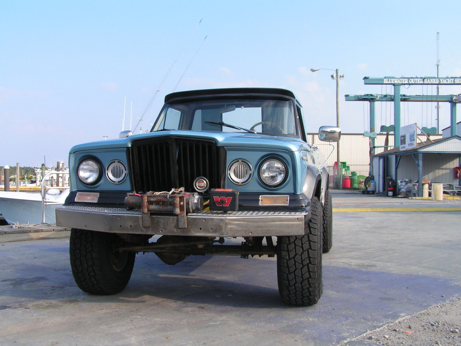 Jeep Gladiator Base L