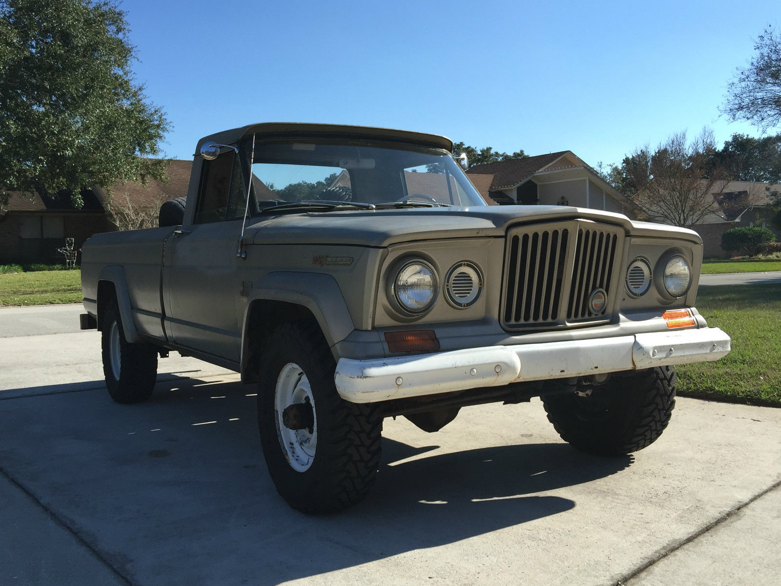 1967 jeep gladiator j10 j3000 pickup truck barn find classic jeep other 1967 for sale. Black Bedroom Furniture Sets. Home Design Ideas