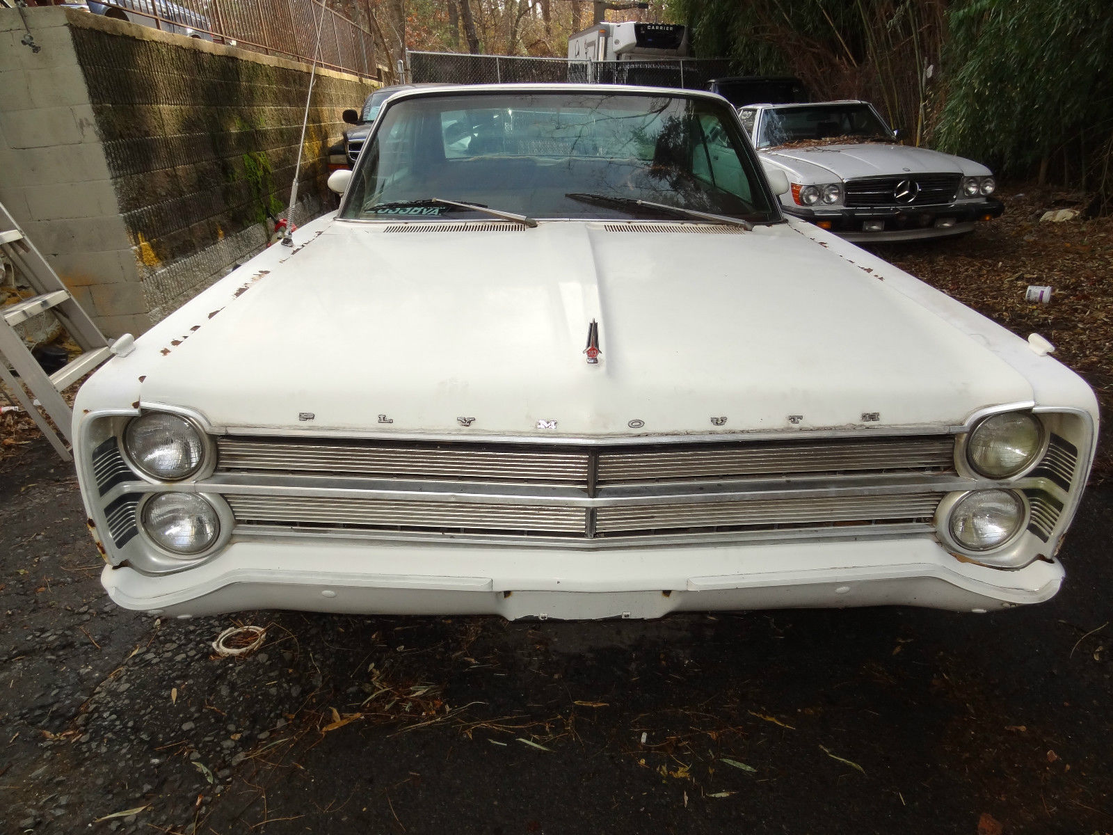 1967 Plymouth Fury with 383 Engine runs and drive . No ...