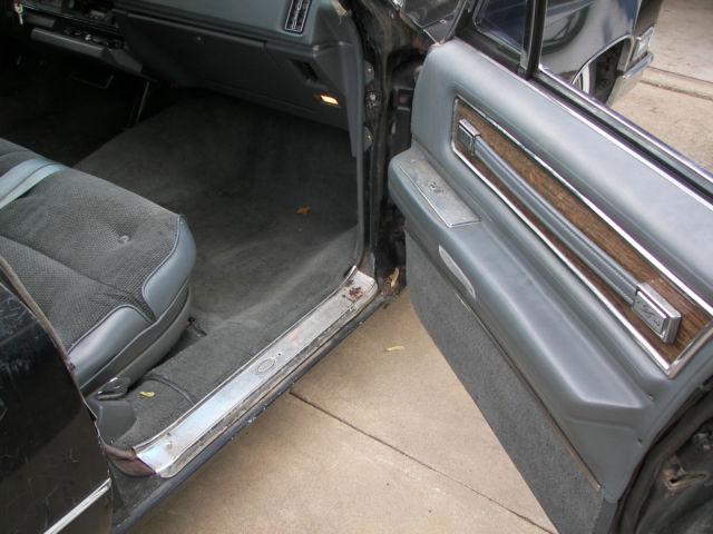 1968 Cadillac Fleetwood 9 Passenger Sedan Non Divider