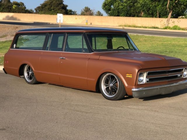 1968 Chevrolet Suburban Custom With Full Air Ride And