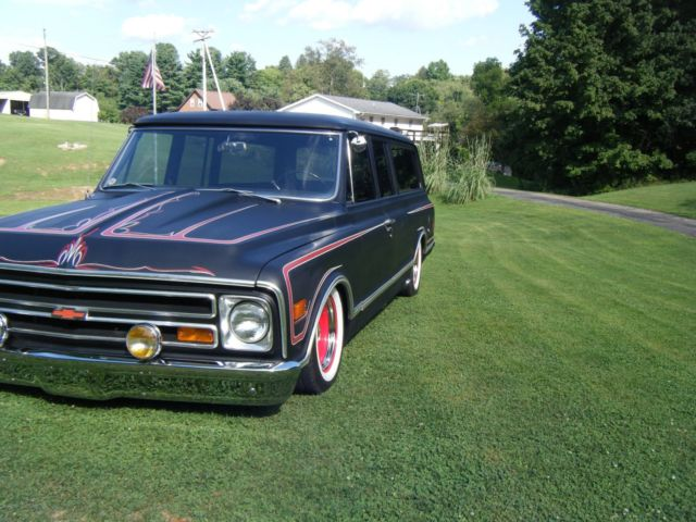 1968 Chevy Suburban Custom