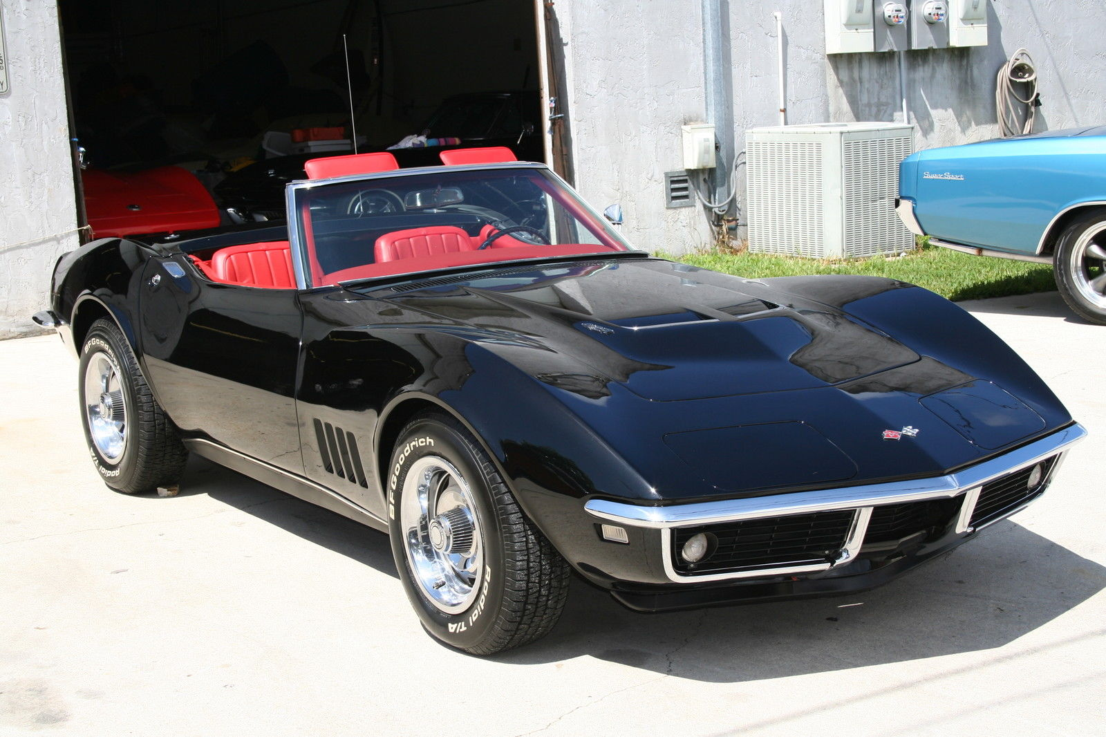 1968 corvette convertible 427 435hp tri power number matching 4 speed trans classic chevrolet. Black Bedroom Furniture Sets. Home Design Ideas