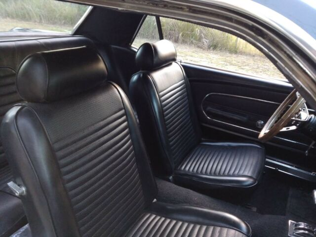 1968 ford mustang shelby stripes very clean v8 auto classic ford mustang 1968 for sale. Black Bedroom Furniture Sets. Home Design Ideas