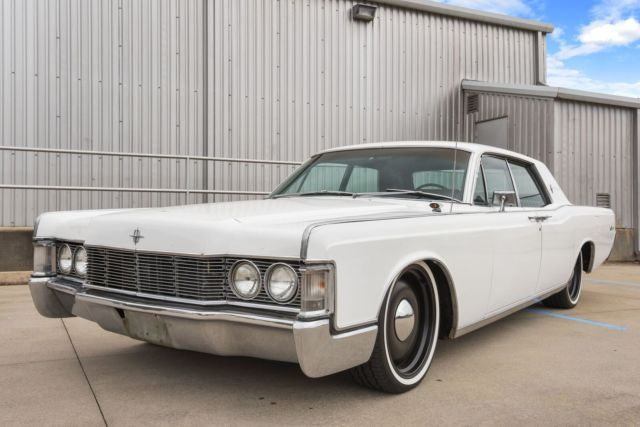 1968 lincoln continental 4 door runs great with cold a c on 20 wheels and tires classic. Black Bedroom Furniture Sets. Home Design Ideas