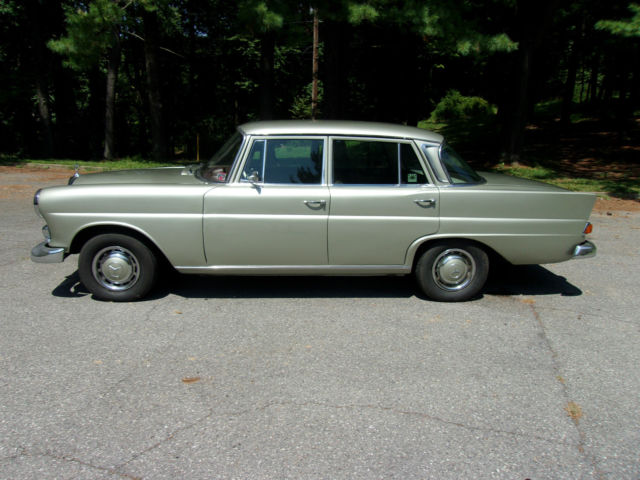 1968 mercedes benz 230 fintail w110 sedan 4 speed manual for Mercedes benz for sale in pa