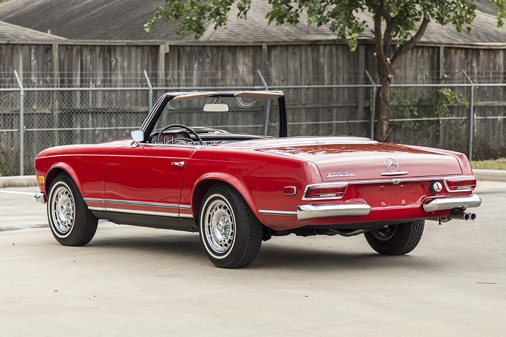 1968 mercedes benz 250sl roadster convertible signal red for Black convertible mercedes benz