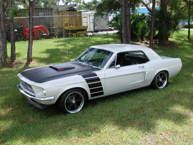 1968 ford mustang coupe white