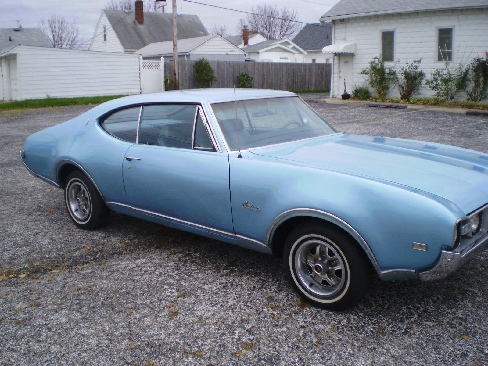 1968 Oldsmobile Cutlass Supreme - Rare Find - Beautiful Show Car by