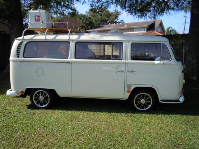 1968 Volkswagon Sundial Camper - Classic Volkswagen Bus/Vanagon 1968 for sale
