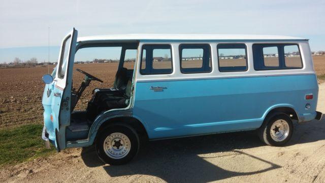 1969 Chevrolet G10 Van Sportvan 15 Window Panel Van G20 64