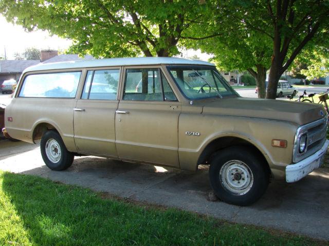 1969 Chevrolet Suburban C10 & 1969 Chevrolet Suburban C10 3 Door 2WD 350 V8 3 speed manual ... pezcame.com