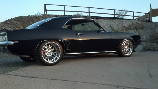 1969 Chevy Camaro Pro/Touring-Supercharged LS-3 Black 5