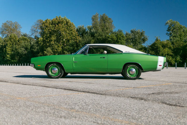 1969 dodge charger r t hemi numbers matching 1 of 1 bright green metallic classic dodge. Black Bedroom Furniture Sets. Home Design Ideas