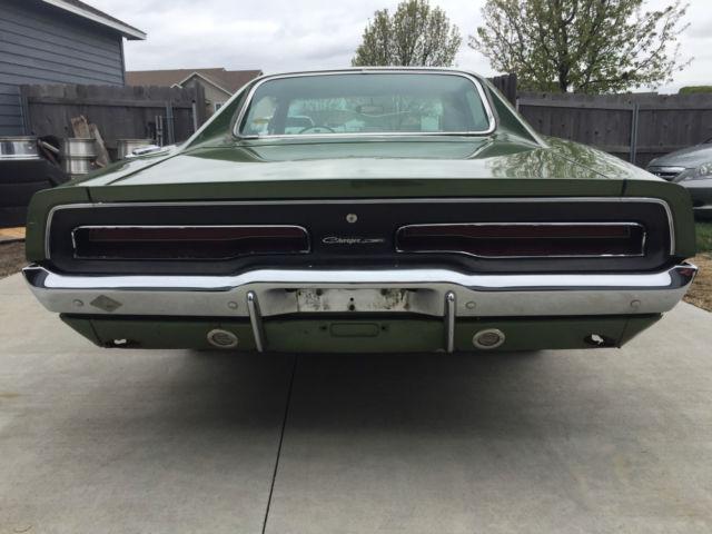 1969 Dodge Charger w/ original paint 383 400 727 auto 69 68
