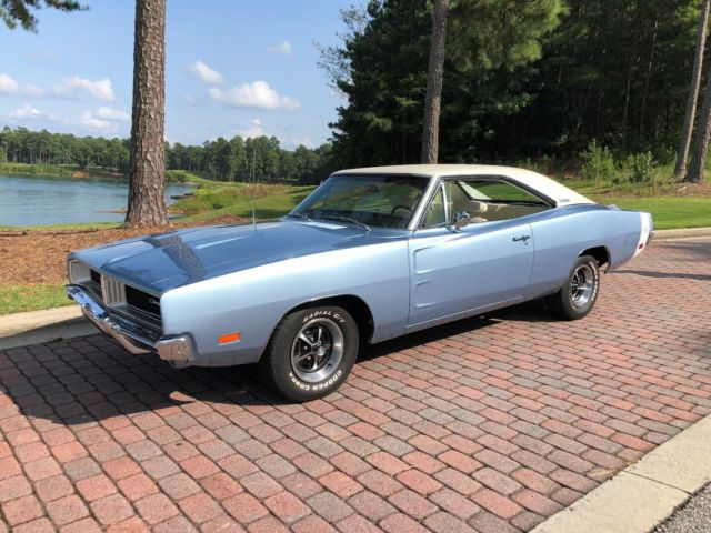 1969 dodge charger white hat special classic dodge charger 1969 for sale. Black Bedroom Furniture Sets. Home Design Ideas