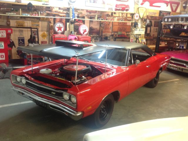 1969 Dodge Coronet Superbee A12 440/6 Hard top Coupe 4 speed