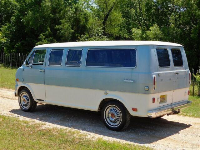 Arrow Ford Abilene >> 1969 Ford E-100 Chateau 123 Van Wagon, Camper, Survivor, V8 302, 1-Owner - Classic Ford E-Series ...
