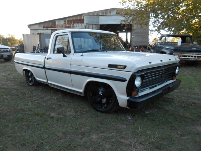 1969 ford f100 shortbed on crown vic frame with air ride