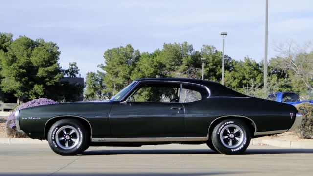 1969 pontiac lemans sport coupe factory a c buckets console one family owned car classic. Black Bedroom Furniture Sets. Home Design Ideas