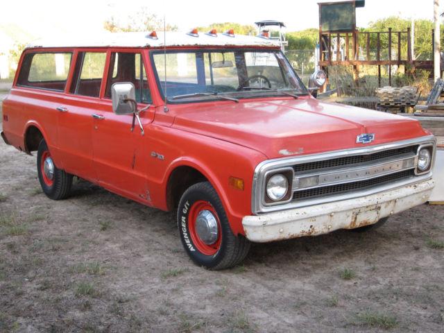 1969-suburban-c10-rat-rod-patina-air-bag