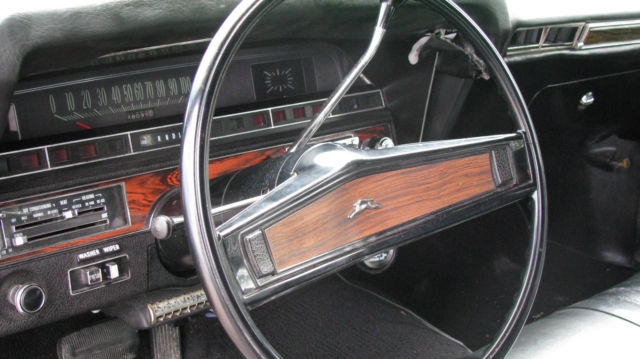 1970 Chevy Impala 350 2 Door Coupe Gold Black Interior