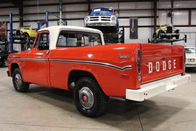 1970 dodge d100 77597 miles red and white pickup truck 318 v8 automatic classic dodge other. Black Bedroom Furniture Sets. Home Design Ideas