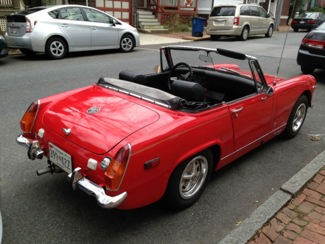 1970 red mg midget
