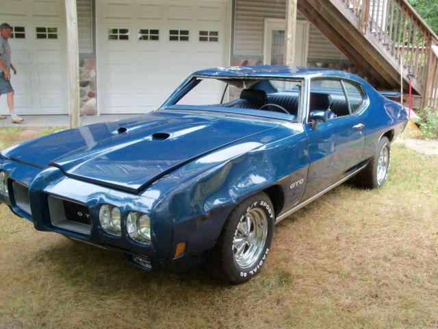 1967 Gto For Sale >> 1970 Pontiac GTO 4 speed project car with parts car to go with. - Classic Pontiac GTO 1970 for sale