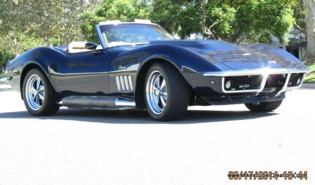 ... Roadster Convertible - Classic Chevrolet Corvette 1971 for sale