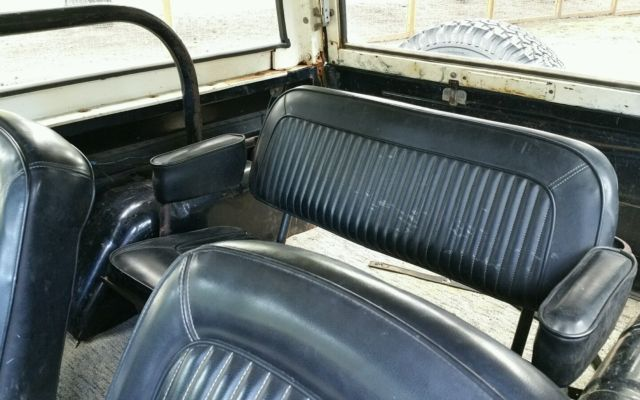 1971 early ford bronco with original black paint white. Black Bedroom Furniture Sets. Home Design Ideas