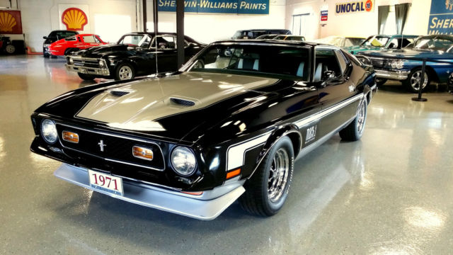 1971 FORD MUSTANG MACH 1 - COMPLETE RESTORATION - RAM AIR
