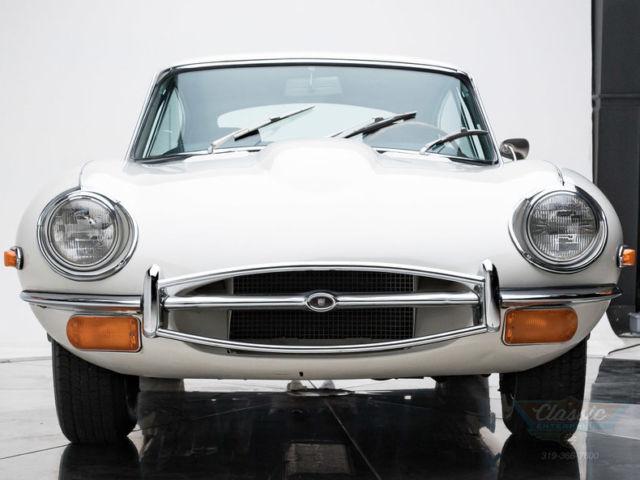 1971 jaguar xke 4 2 liter dohc inline 6 4 speed manual coupe old english white classic jaguar. Black Bedroom Furniture Sets. Home Design Ideas