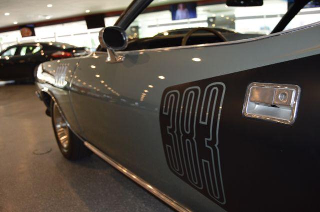 Plymouth Barracuda Cuda With A Winchester Gray