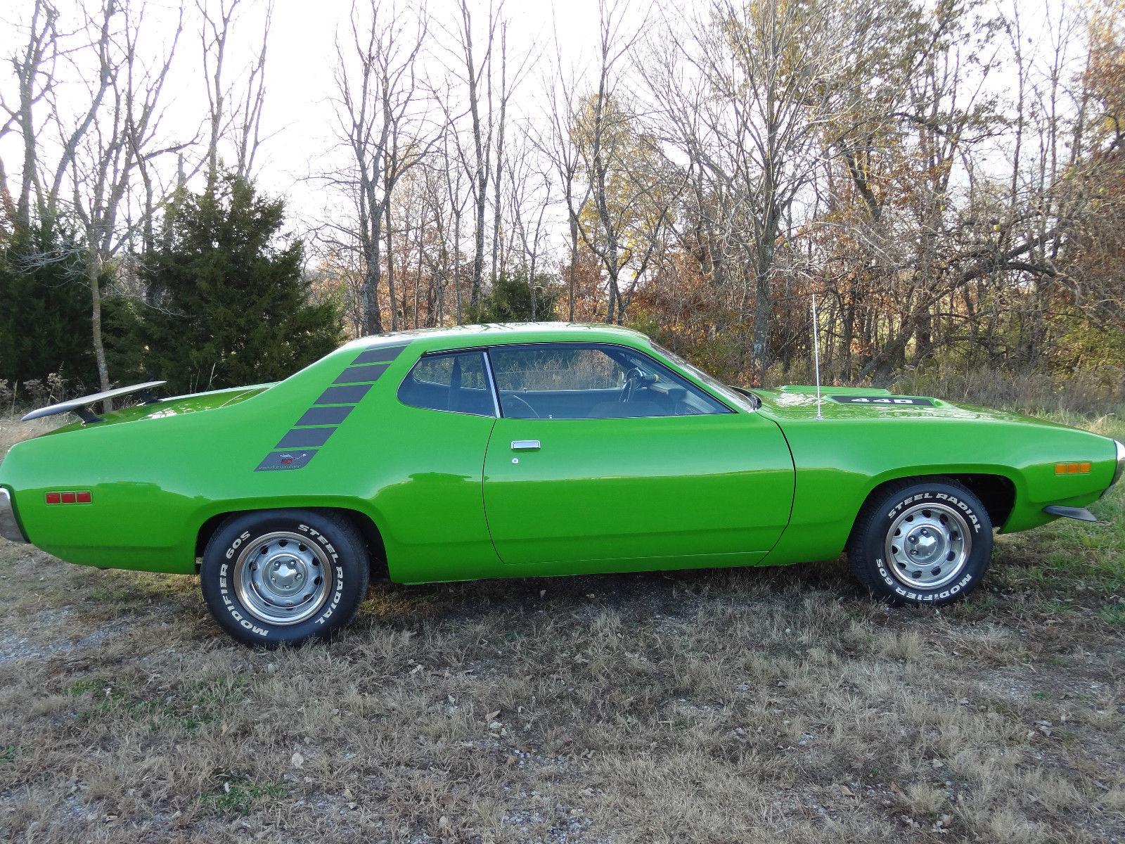1971 Plymouth Road Runner 440,383 4 Speed Hurst, Sassy Grass Green