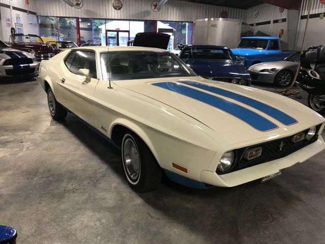 Ford Windsor On Dyno besides Interior Web likewise Ford Mustang Sprint Olympic Edition Cleveland Motor furthermore Hqdefault also Maxresdefault. on ford 351 cleveland engine