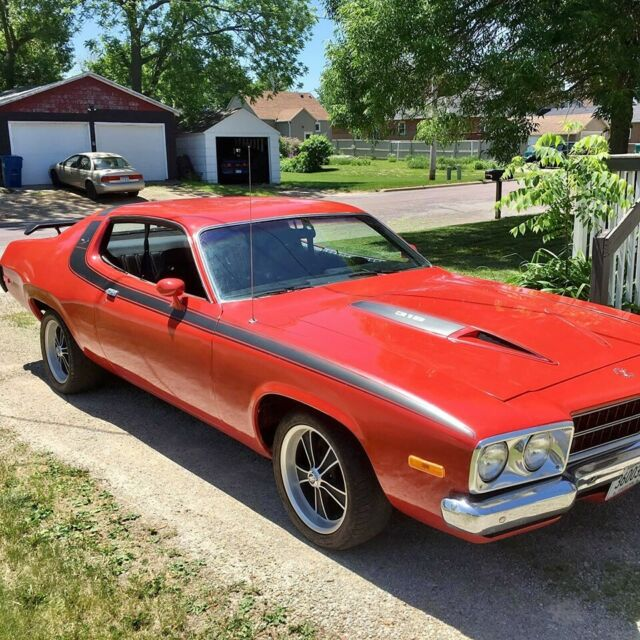 1973 1974 Plymouth Satellite Sebring Plus Road Runner Red