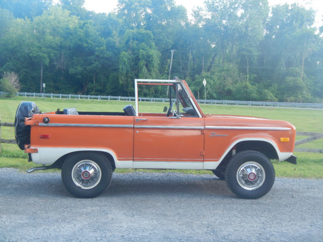 1973 Ford Early Bronco Explorer Model Uncut Survior